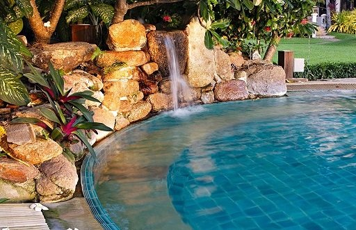 landscape design pool