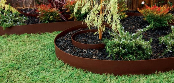 Landscaping ideas diy landscaping ideas desert for Cheap diy garden edging