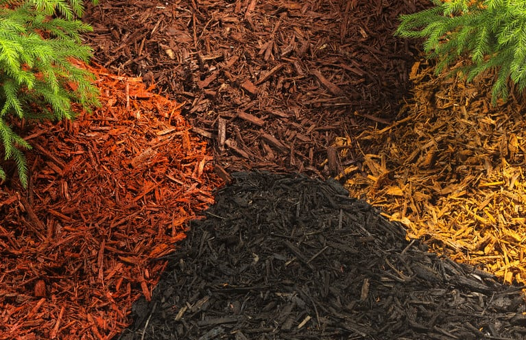 using mulch for garden weed control