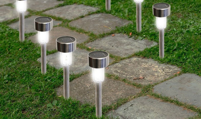 water resistant solar pathway lights