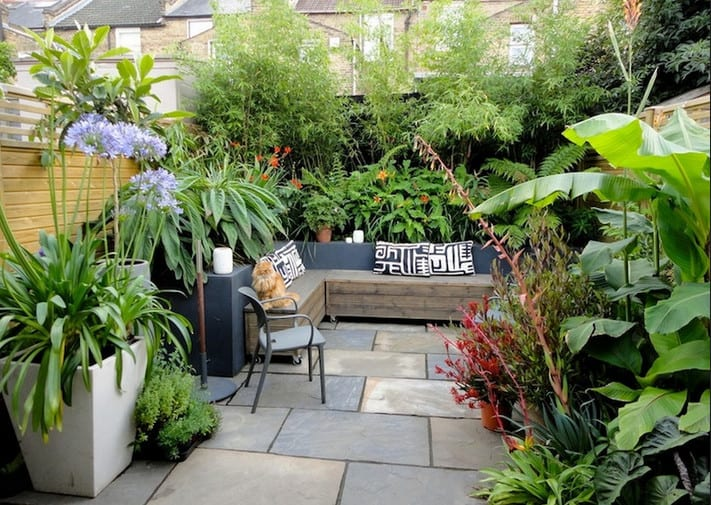 beautiful small backyard design idea